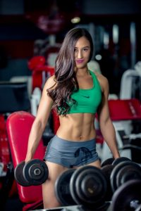 a very fit woman does cellulite fighting workouts